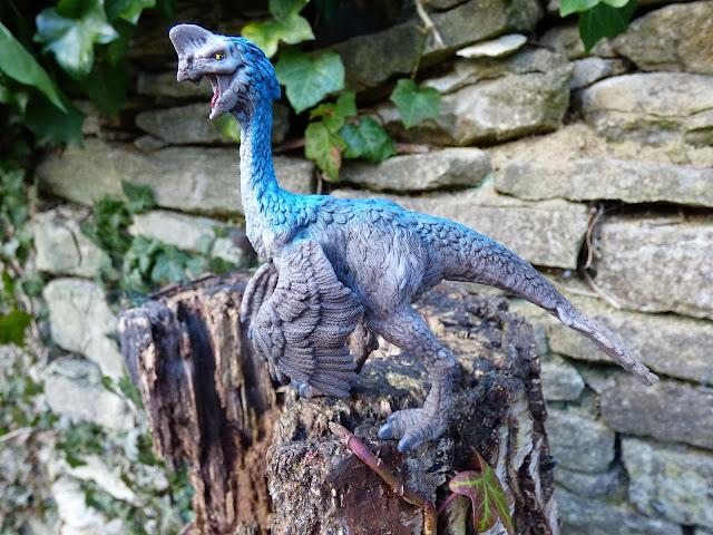 dinousaur minifigures