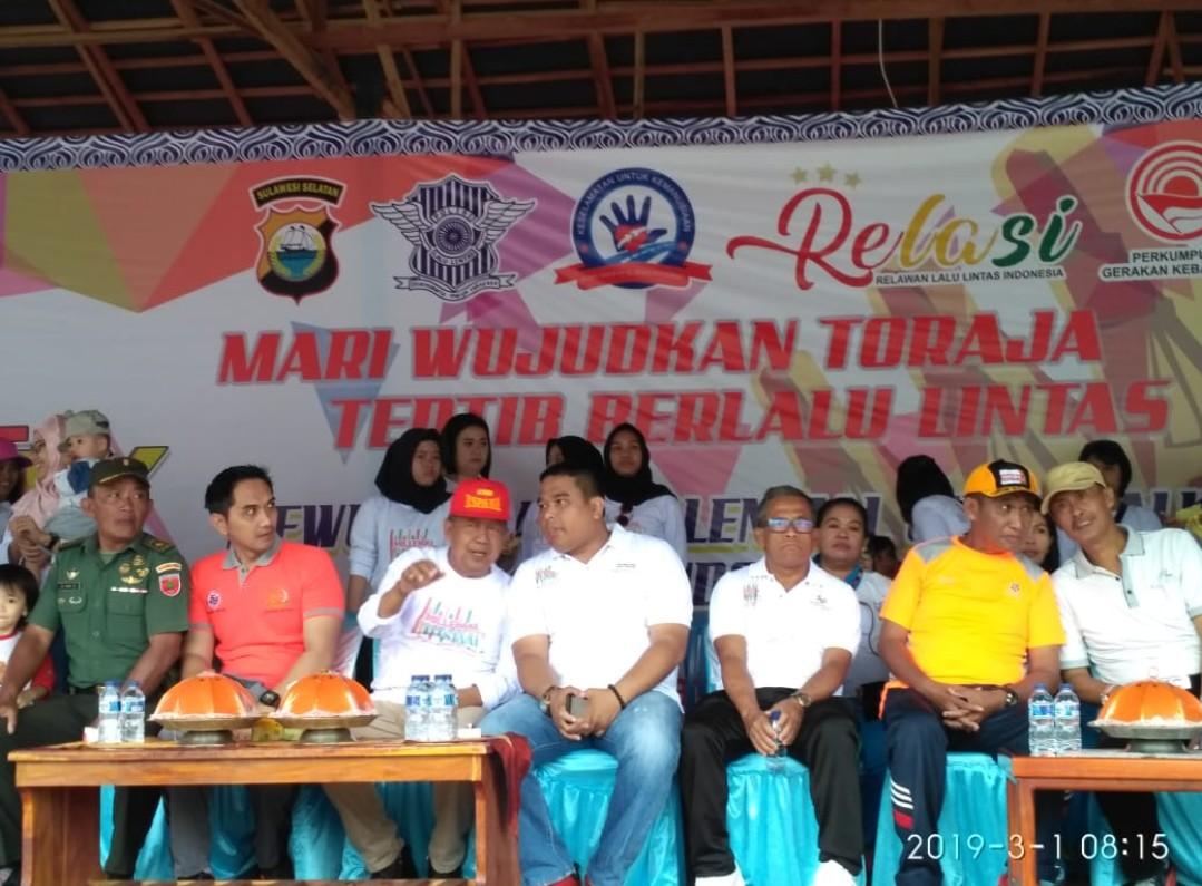 [FOTO] Kemeriahan Millennial Road Safety Festival Satlantas Polres Tana Toraja