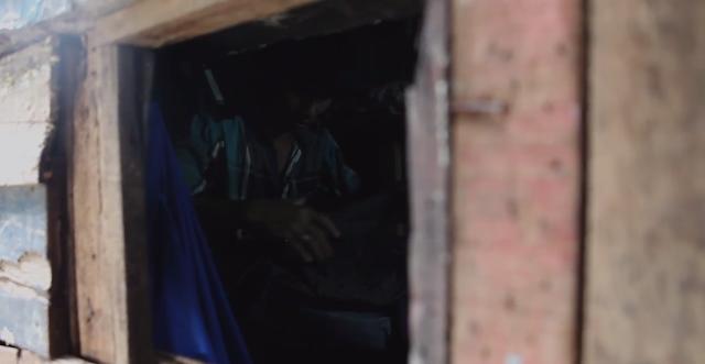 Video MIRIS : Pendatang Di Jakarta Ini Sejak 1980an Hidup Di Kolong Pipa