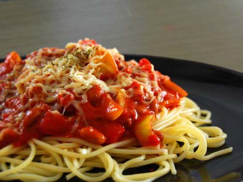 Spaghetti with beans #tomato_sauce.  Click For Recipe