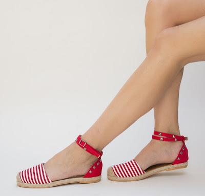 Sandale rosii fara toc pentru vara cu tine metalice