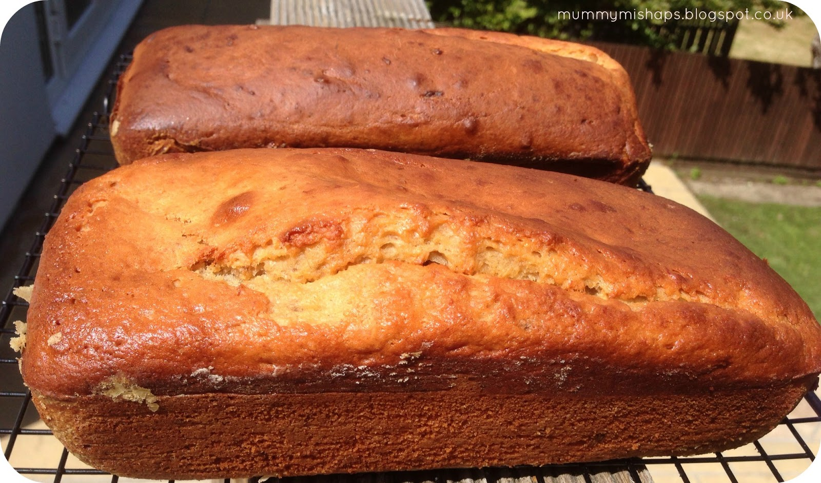 Is There Any Difference Between Banana Cake And Banana Loaf