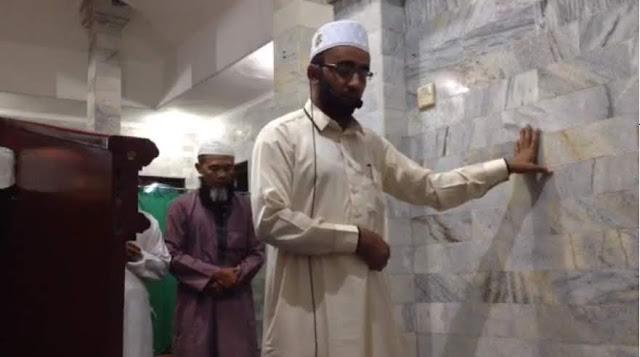 Imam di Bali Tetap Khusyuk Salat Saat Gempa, Ini Kesaksian Makmum