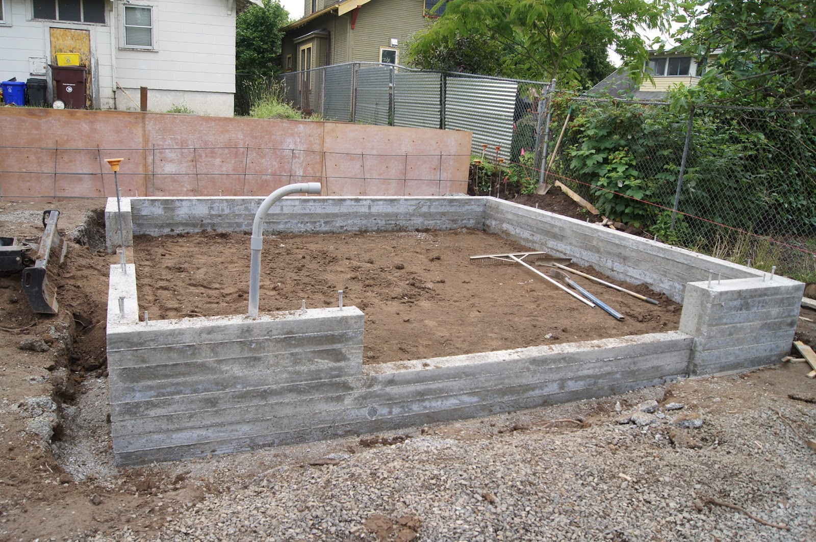Lhw A Blog Garage Stem Wall And Retaining Wall