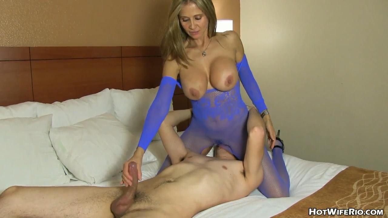 Milf videos amateur fetish