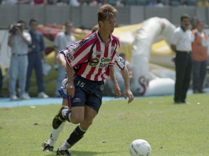 Paulo César Chávez, campeón con el Guadalajara en el Verano 1997.