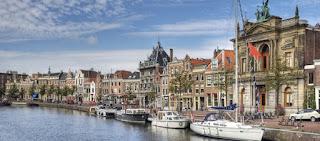 Pour votre voyage Haarlem , comparez et trouvez un hôtel au meilleur prix.  Le Comparateur d'hôtel regroupe tous les hotels Haarlem  et vous présente une vue synthétique de l'ensemble des chambres d'hotels disponibles. Pensez à utiliser les filtres disponibles pour la recherche de votre hébergement séjour Haarlem  sur Comparateur d'hôtel, cela vous permettra de connaitre instantanément la catégorie et les services de l'hôtel (internet, piscine, air conditionné, restaurant...)
