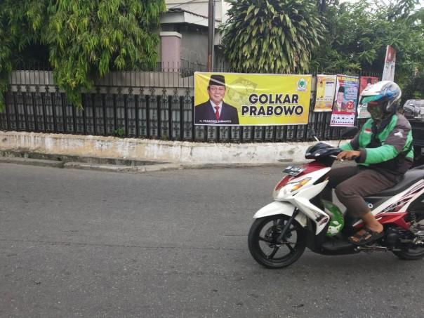 Heboh Ada Spanduk Golkar Dukung Prabowo di Pekanbaru
