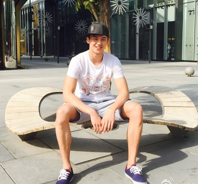 Ning Zetao (宁泽涛) People Can't Stop Talking About Him