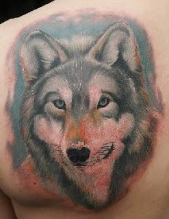 tatuaje lupi, model tatuaj lup in culori