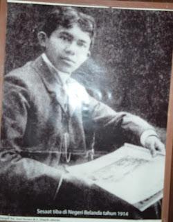 Berikut contoh-contoh Quetes Tan Malaka yang diambi dari berbagai bukunya: