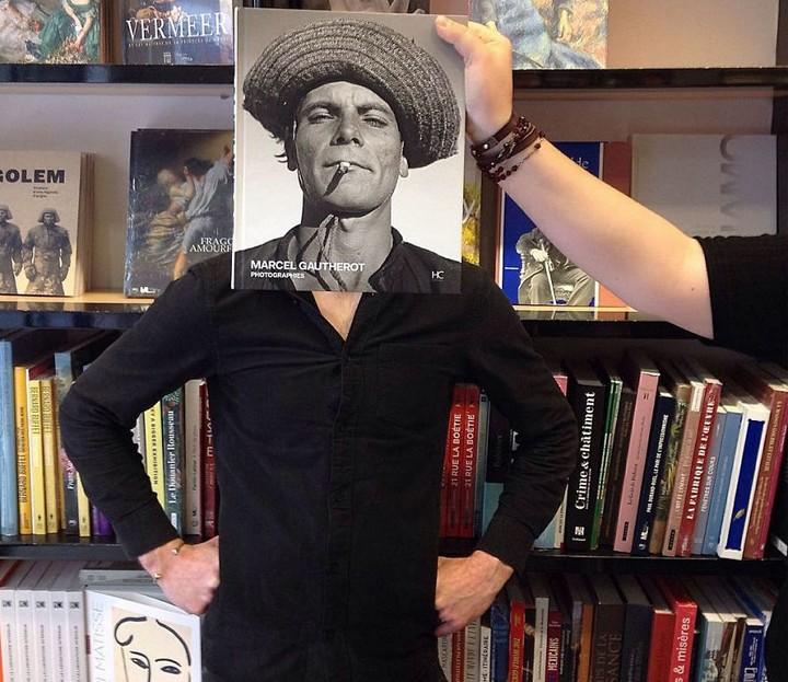 As incríveis e hilárias ilusões de ótica criadas com capas de livro