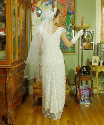 Vintage 90s Jessica McClintok Lace Sheath