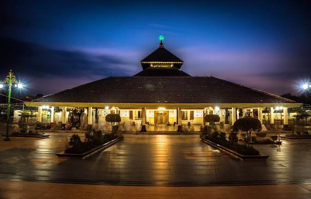 Masjid Agung Demak, Salah Satu Masjid Tertua di Indonesia