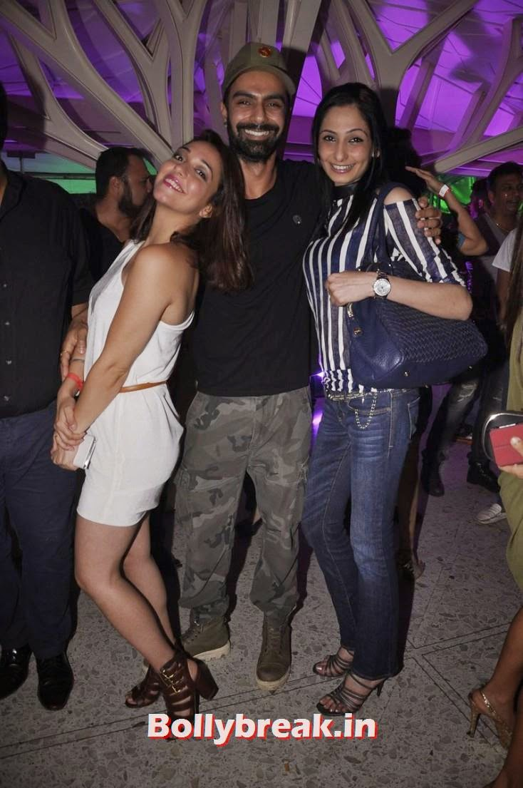 Nauheed Cyrusi and Ashmit Patel, Lisa, Nauheed, Brinda at the Fire & Ice Party in Mumbai: