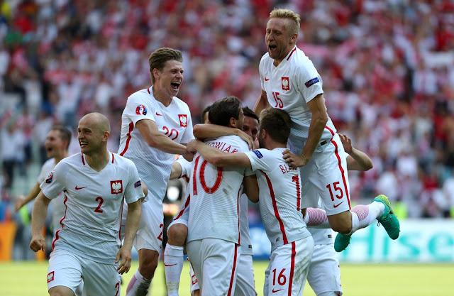 La joie des joueurs Polonais après avoir éliminé la Suisse