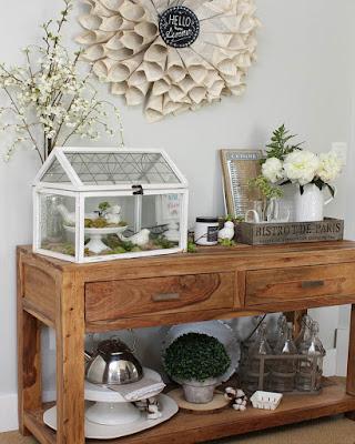decoration for shelves