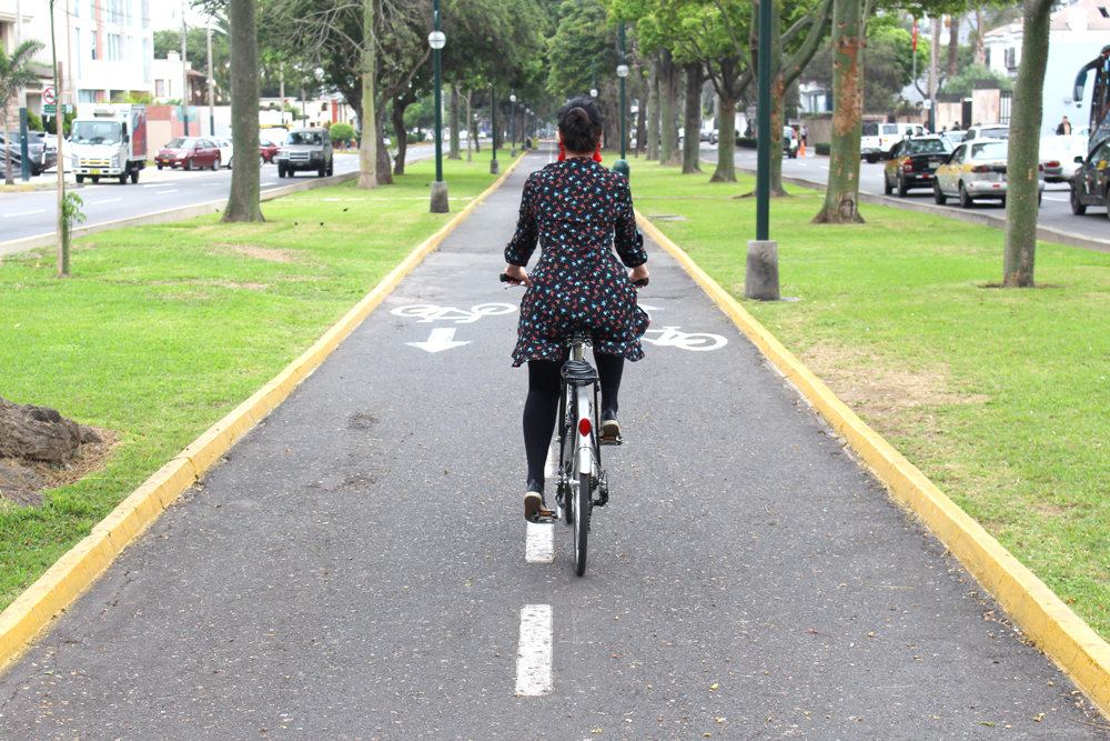 Cycling around in Lima, Peru - travel blog
