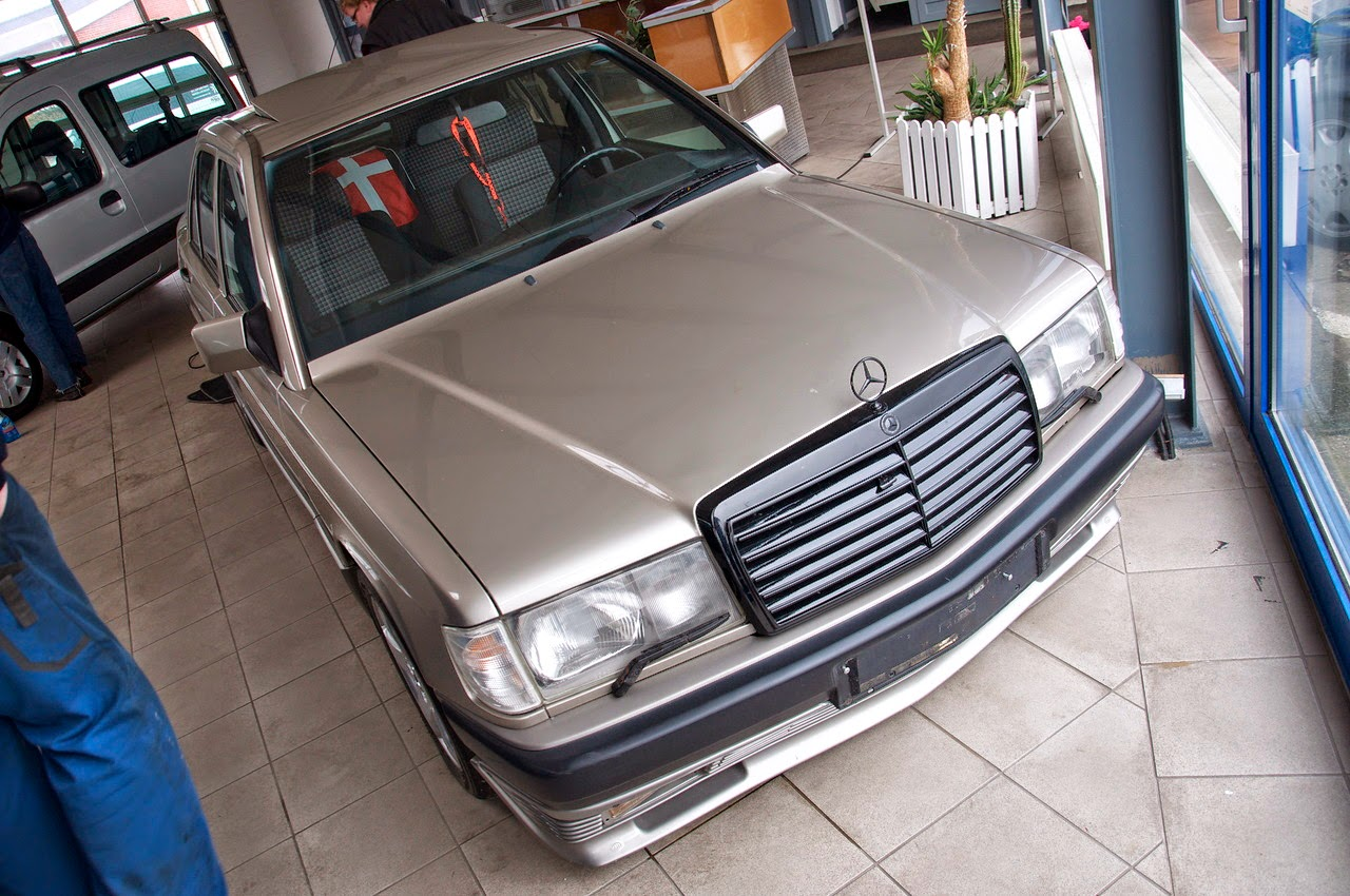 Mercedes 190E with M104 3 2L engine | BENZTUNING