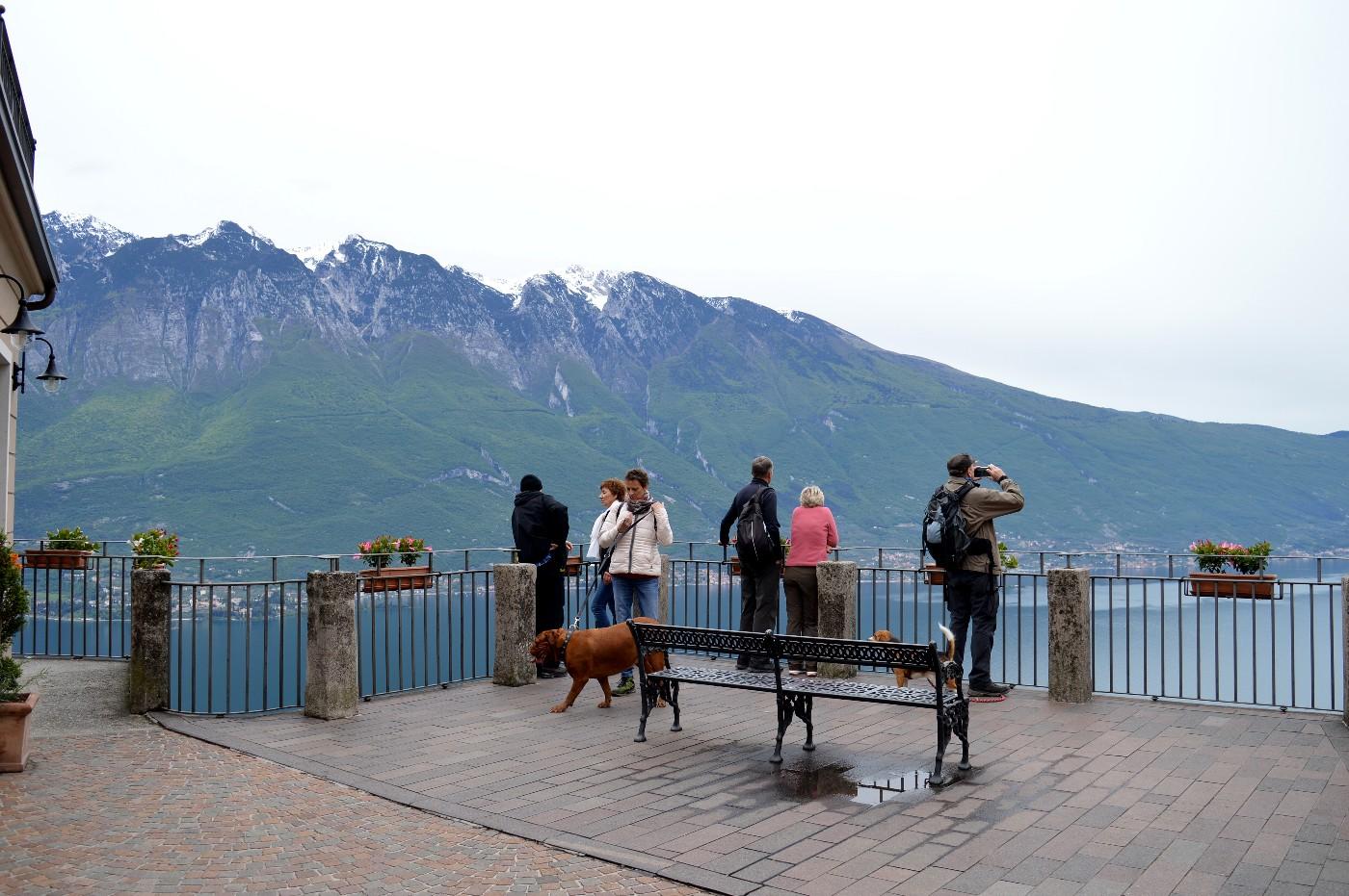 Una Visita A Tremosine Borgo Sospeso Tra Cielo E Lago