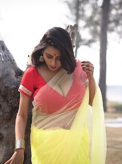 Bengali Maria aunty hot open cut blouse exposing huge boobs | transparent saree visible Navel Queens