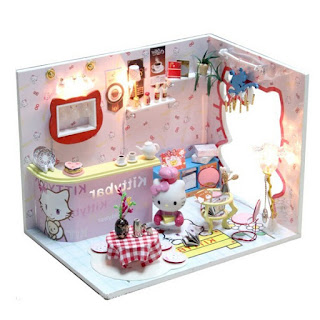 Gambar Rumah Hello Kitty Mainan 7
