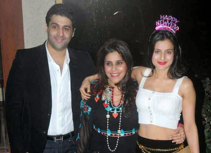 amisha patel and kanav, amisha in sanjay dutt party, sanjay dutt new year party
