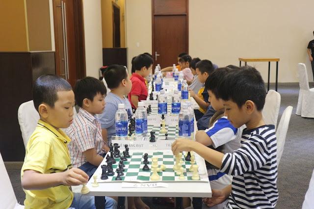 Học cờ vua cho thiếu nhi tại quận Tân Phú TPHCM