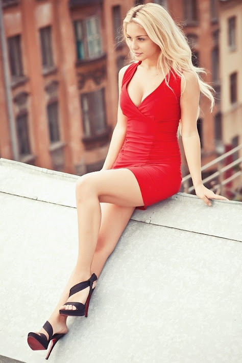 Gorgeous Blonde Katarina Pudar Photo Gallery 4