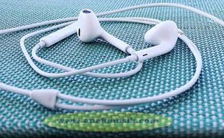 Dampak Mendengarkan Musik Terlalu Keras