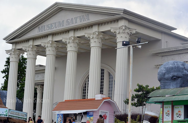 Di Museum Satwa Jatim Park II, Malang