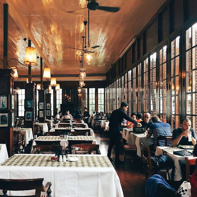 Cafe Batavia Jakarta - Restoran Romantis di Jakarta
