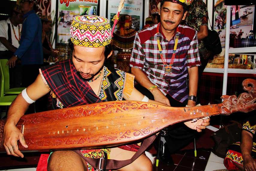 Sape, Alat Musik Tradisional Dari Kalimantan Timur