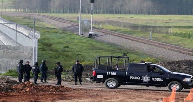 """Liberan a policía federal acusado de participar en la fuga de """"El Chapo"""" Guzmán."""