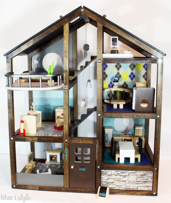 customize doll house, customize doll houe with vinyl, silhouette cameo vinyl