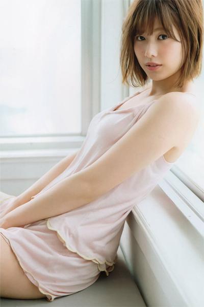 Risa Watanabe 渡邉理佐, FRIDAY WHITE 2019.01.14