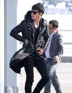 model jaket dari kulit milik artis thailand