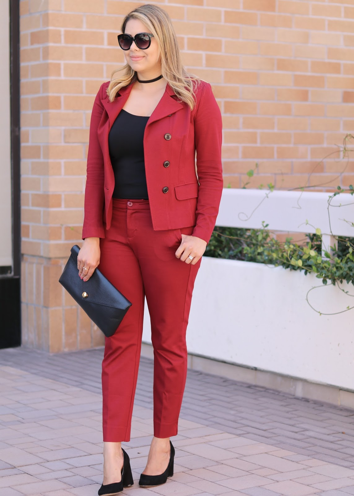 Fall Burgundy women suit, fall deep red women suit, fall 2016 trends, fall 2016 fashion