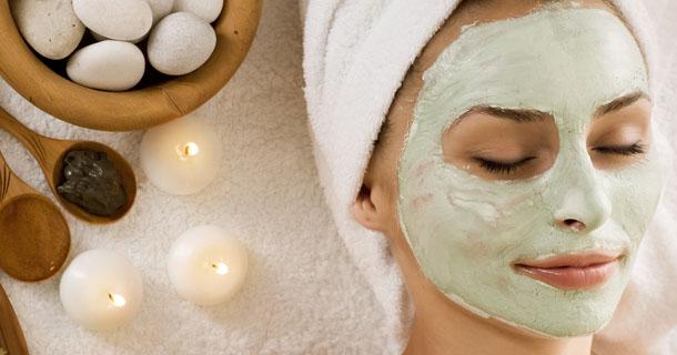 10 Cara Efektif Memutihkan Kulit Wajah dan Perawatannya