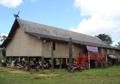 Rumah Adat Lamin , Rumah Adat Kalimantan Timur