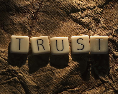 Kepercayaan Itu Sangat Penting Dalam Hubungan - SYUKRIE - Aku Civillian...