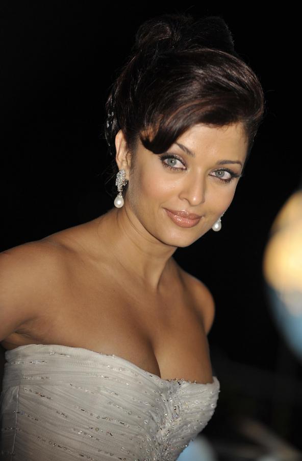 Sizzling Hot Bollywood Actress Unseen Photos