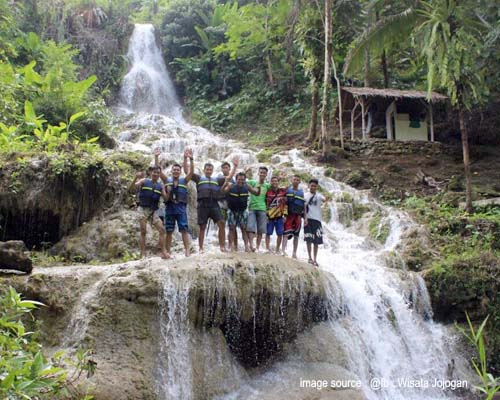 foto air terjun jojogan
