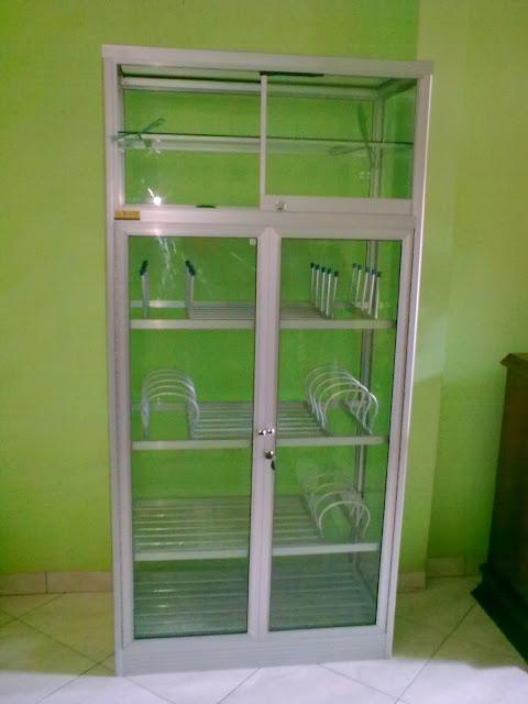 Gambar lemari dapur minimalis terbaru