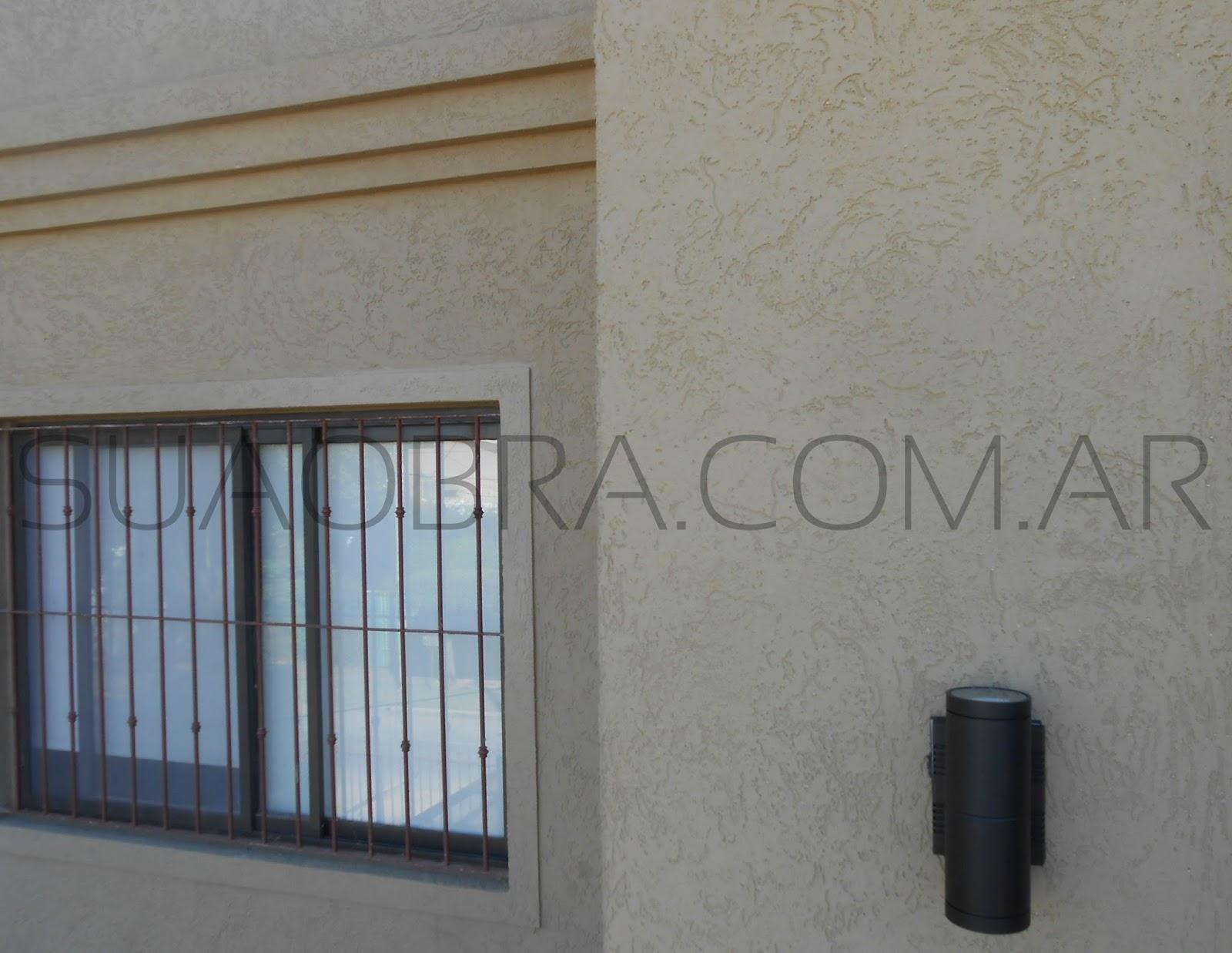 Revestimiento de exteriores texturado recubrimiento for Pintura pared color vison