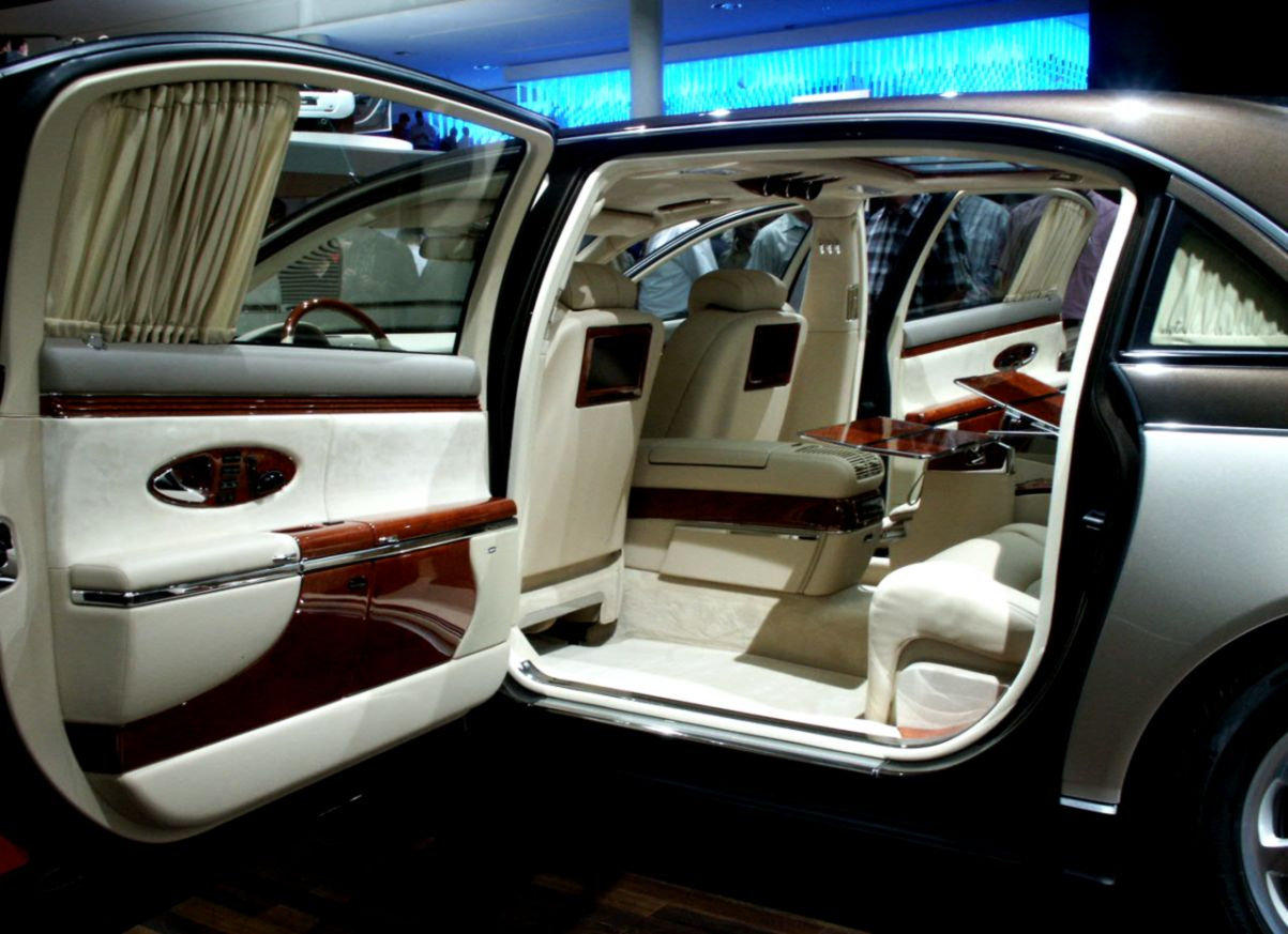 Most Luxurious Car Interior Wallpapers For You