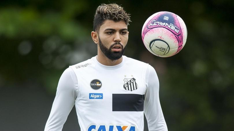 Gabigol faz primeiro treino no campo  Jair deixa dúvidas na escalação do  Santos b77d2db7c1854