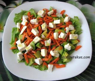 салат из авокадо с морковью