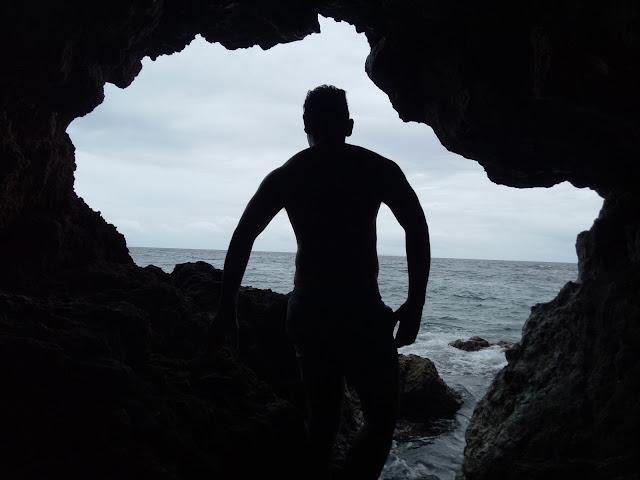 Donna's Cave, Carnaza Island, Cebu