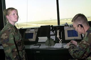 Air Traffic Control Officer मे career कैसे बनाये? सैलरी 1.8 लाख से 5 लाख रुपए प्रति वर्ष